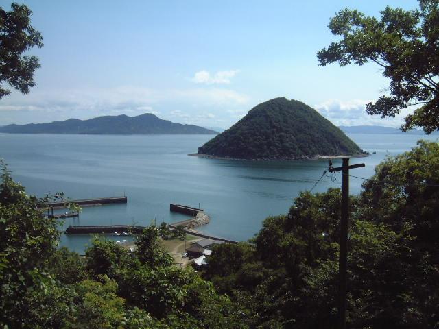 香川県の佐柳島