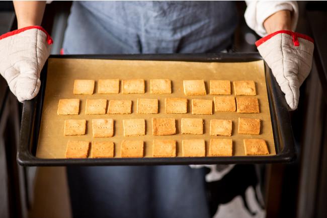 クッキー類は主に米粉、無調整豆乳、米油、てんさい糖を使用しており、小麦粉・卵・乳製品不使用のグルテンフリーおやつです。