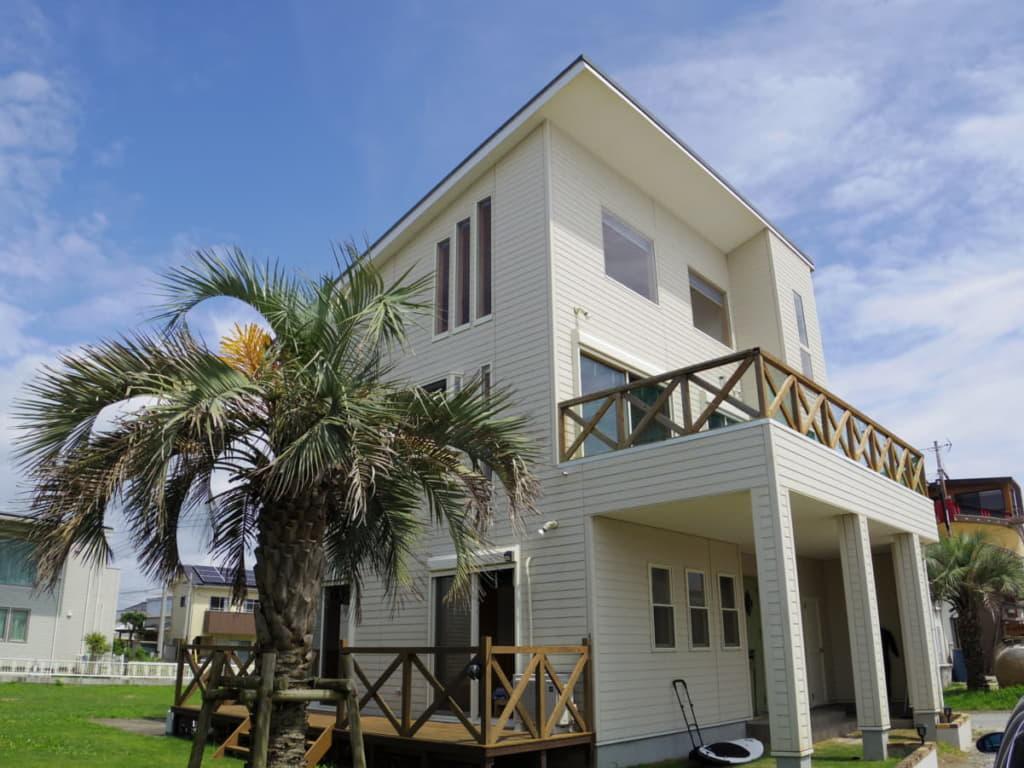 北海道から沖縄まで、ユニークな貸別荘を約100施設掲載中!STAYCATION